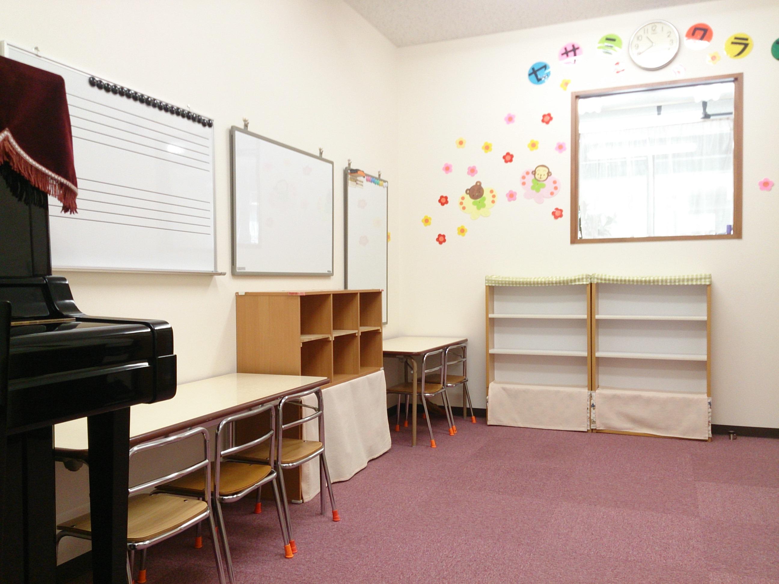 1才児コース 幼児教室 セサミクラブ